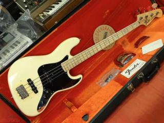 fender jazz 1974 olympic white