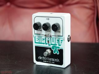 electro harmonix big muff wicker
