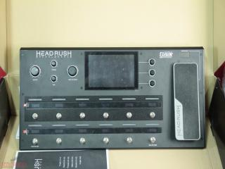 eleven headrush pedalboard