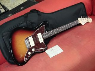 fender Jazzmaster american performer RW3color sunburst