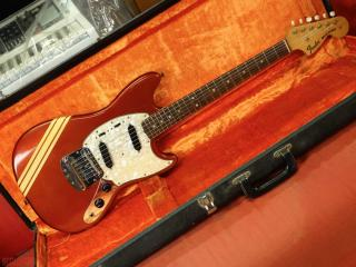 fender mustang dakota red competition 1971