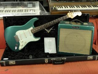 fender stratocaster  59 custom shop 2005 limited 100  John English  + junior pro sherwood green