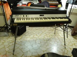 rhodes mkI 73 sevnthy three stage
