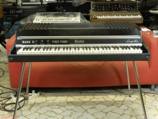rhodes stage 73  mkII  mark II