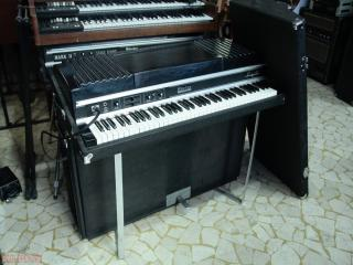 rhodes suitecase seventy three 73 mkII